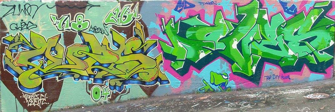 1072 x 360 jpeg 95kBGraffiti
