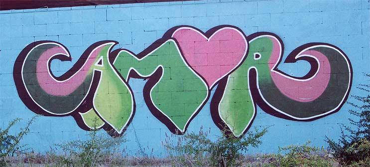 http://www.graffiti.org/madrid/1101amor.jpg