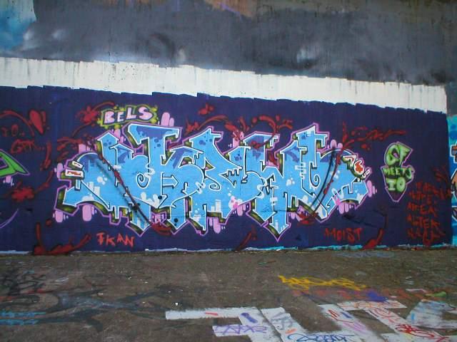 http://www.graffiti.org/syd/kewl020042.jpg